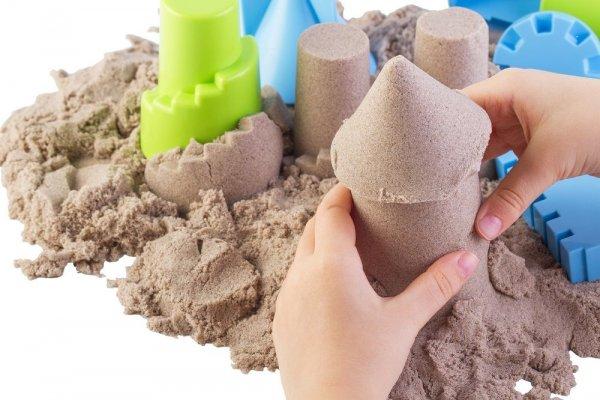 Kinetický písek přírodní 2 kg + kbelík
