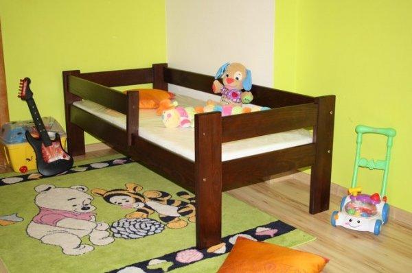 Dětská postel 160x70 cm Kristián ořech+matrace+prostěradlo