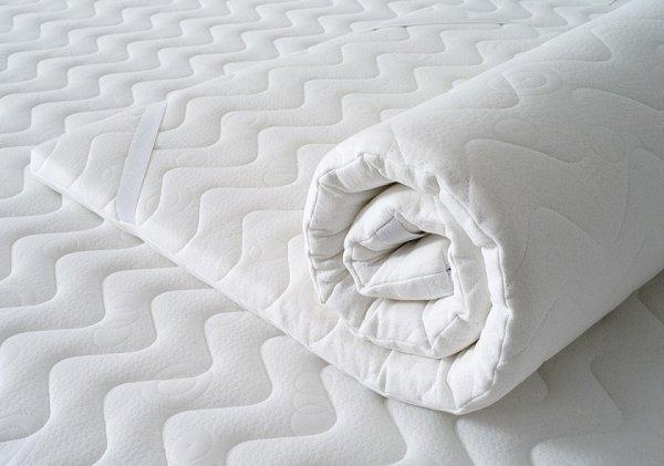 Podklad na matraci 160/200 cm - Visco pěna - prošívaný