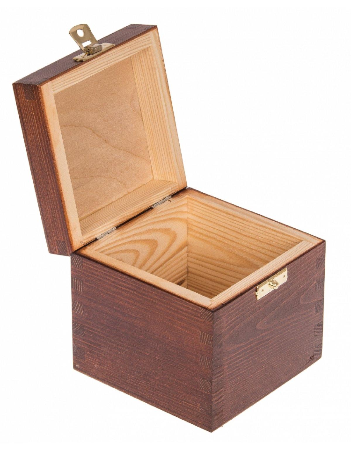 Krabička dřevěná 11x11x10,7 cm - ořech - zapínání